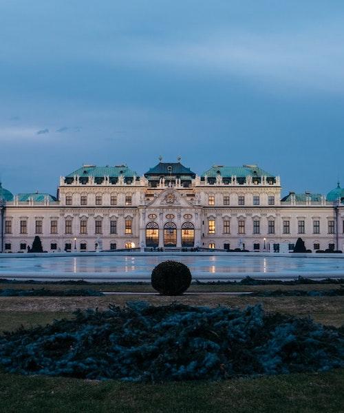 Shopping tour in Vienna