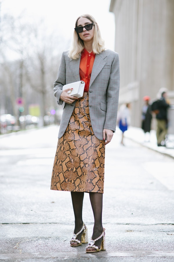 How to wear leather skirts this Fall