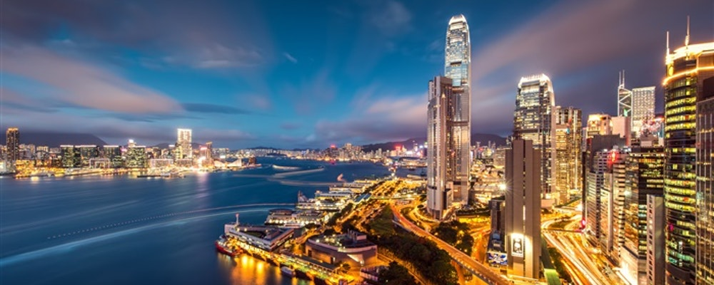 Exclusive fashion tour with your own stylist in Hong Kong