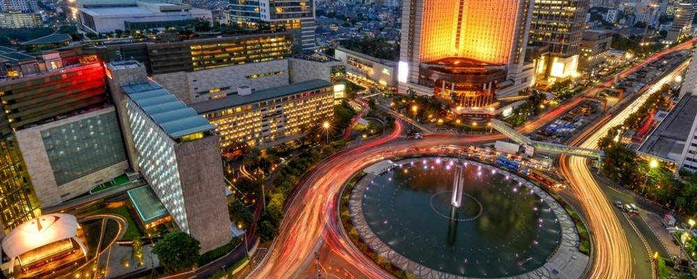 Exclusive fashion tour with your own stylist in Jakarta