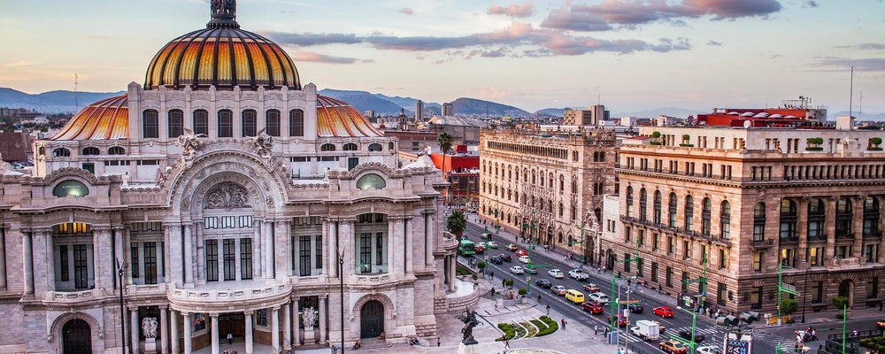 Exclusive fashion tour with your own stylist in Mexico City