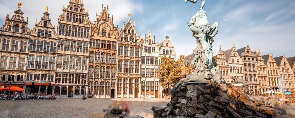 Get to know Antwerp's shopping and fashion scene with a Fashion Stylist