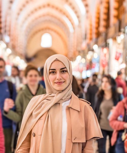 Girlfriend's shopping trip in Istanbul