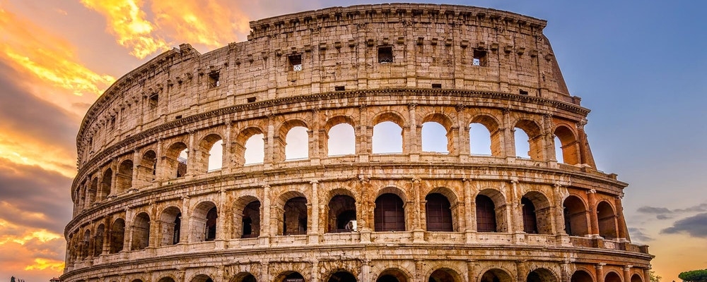Luxury shopping tour with your own stylist in Rome