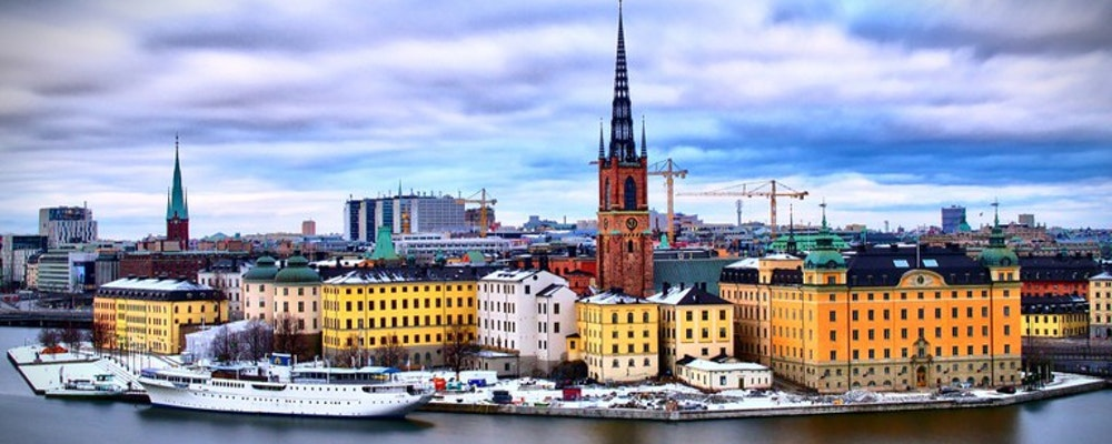 Luxury shopping tour with your own stylist in Stockholm