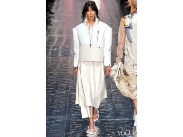 Street style: How to wear shades of white this fall