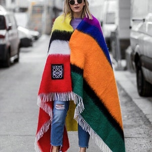 The most fashionable scarves this winter and how to wear them