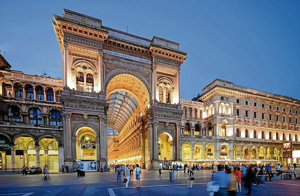 Special for Valentine's day : Honeymoon trip to Milan