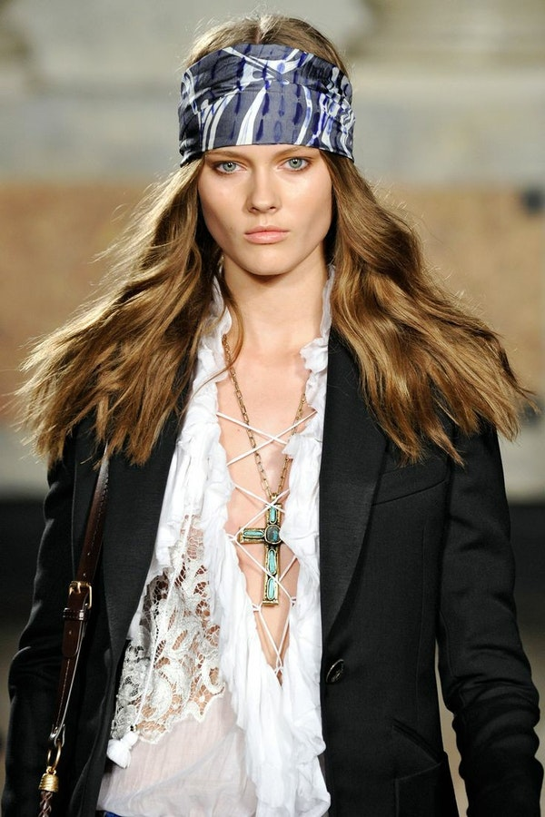 Bandanas - a new stylish accessory for both women and men
