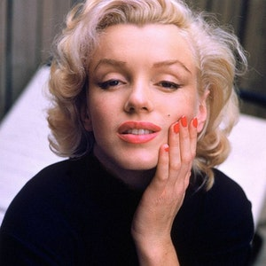 Skin сare methods by Marilyn Monroe