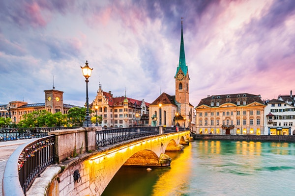Travel Guide for  Zürich