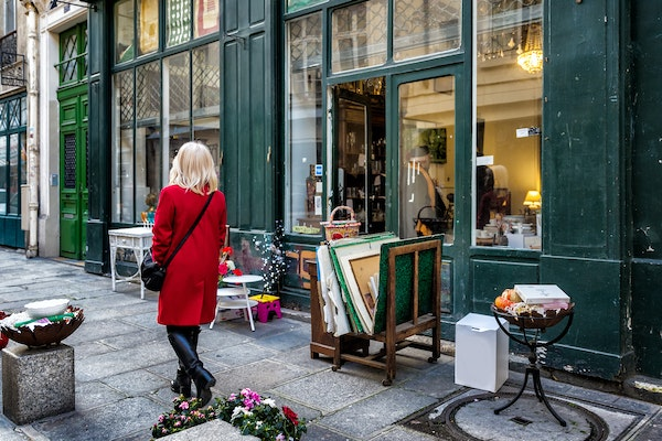 Make your shopping experience in Paris a memory