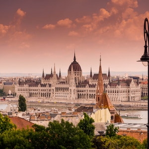 Girls-trip to Budapest: best places to eat, drink and shop