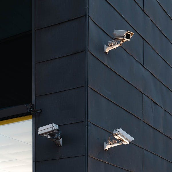 The Difference Between Monitored and Unmonitored Security Systems