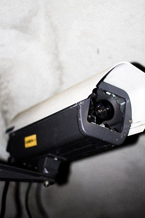 Pros and Cons of Cellular Security Cameras