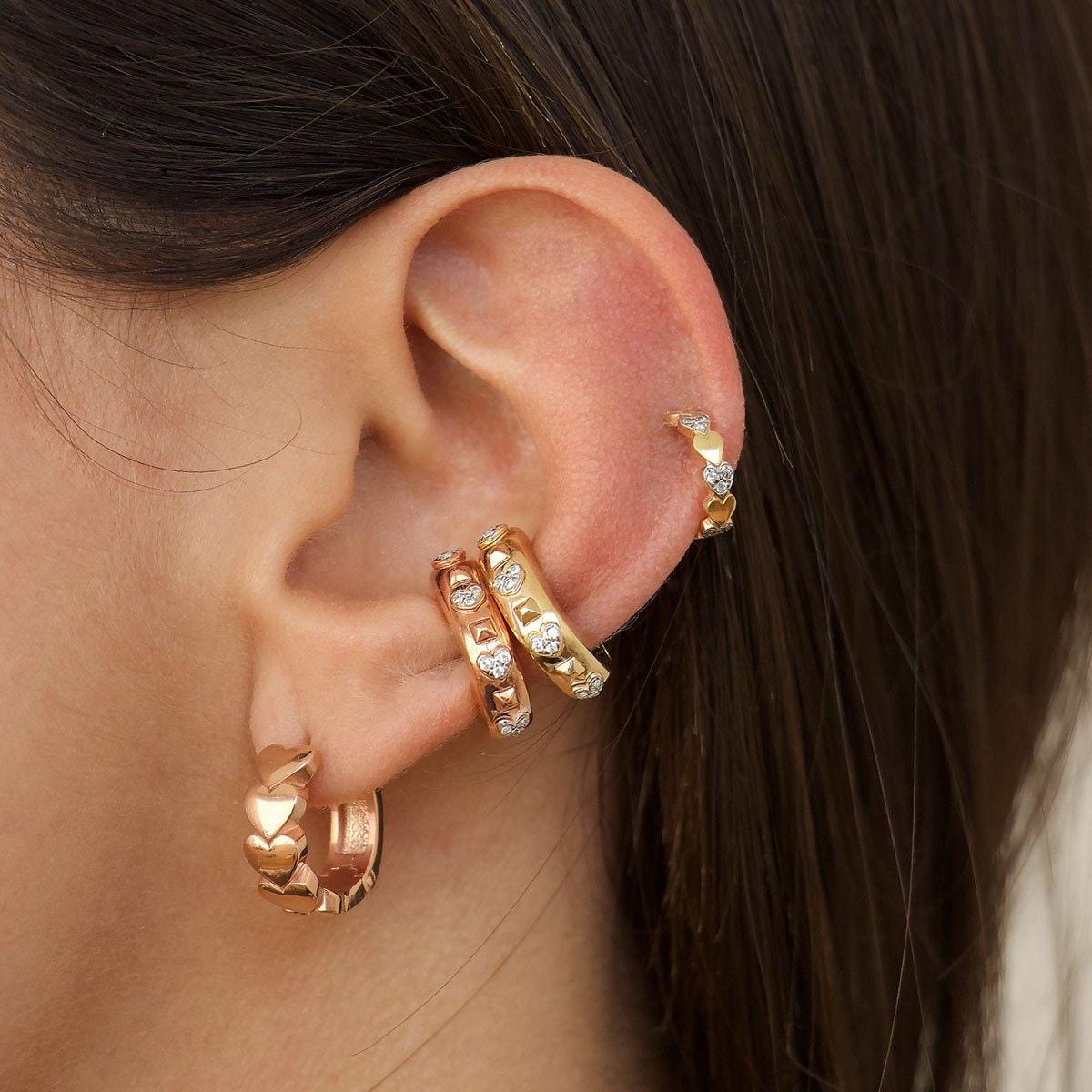 Come curare il piercing all'orecchio