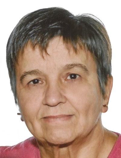 1589900976 loretta emiri