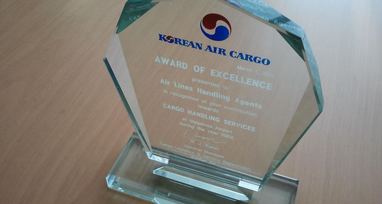 1563458396 korean air 2004