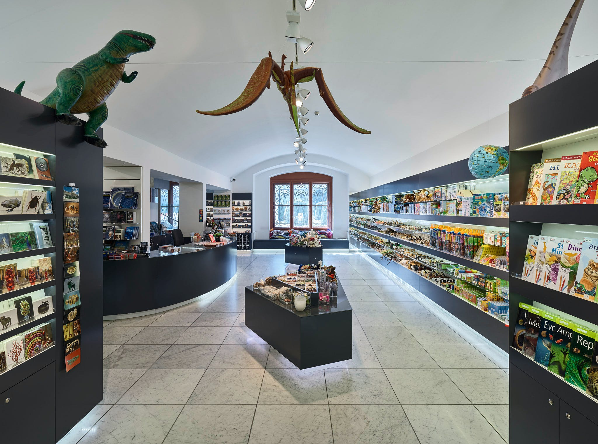 Der Museumsshop unserer digitalen Ausstellung: www.alpenkrise.at