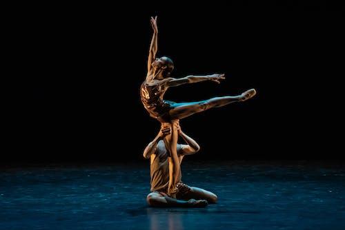 Sametové baletní Gala - Echoes from a Restless Soul - Kristýna Německová, Adam Zvonař - Foto Sergej Gherciu