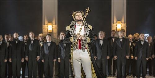 Opera ND - Maškarní ples | Peter Berger a sbor ND  - foto: Patrik Borecký