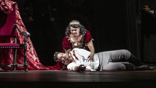 Opera SO | Tosca - Petra Alvarez Šimková a Krzysztof Szumanski; foto: Patrik Borecký