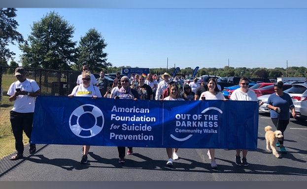 J.B. Hunt team at Out of the Darkness Community Walk