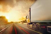 Localizzatori GPS per camion: i vantaggi per la flotta