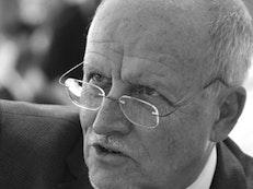 Un ancien membre de la Maison universelle de justice fera une allocution à la conférence de l'AÉB
