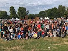 « Nous sommes tous un » — des milliers de marcheurs pour la réconciliation à Vancouver