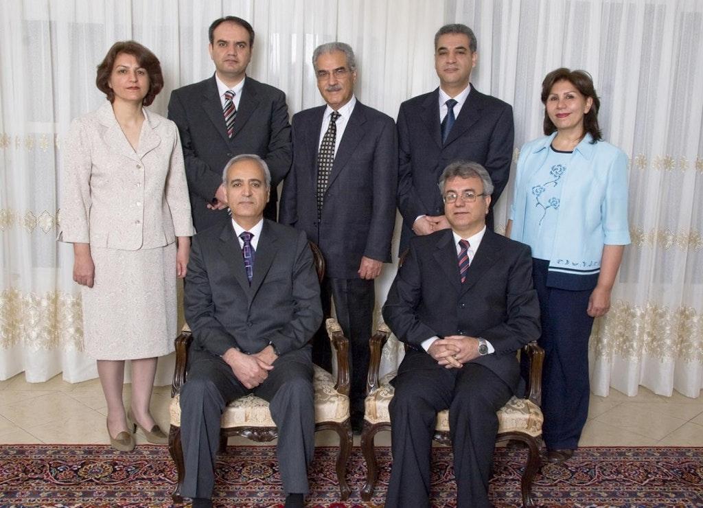 Date établie pour la prochaine audience du procès des bahá'ís – partout les observateurs jugent sévèrement l'Iran