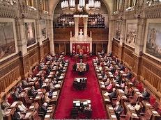 Des sénateurs canadiens condamnent le régime iranien pour sa violation extrême des droits fondamentaux