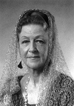 Amatu'l-Baha Ruhiyyih Khanum (1910 – 2000)