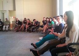 Des jeunes de Vancouver se penchent sur les liens entre la spiritualité et l'action sociale