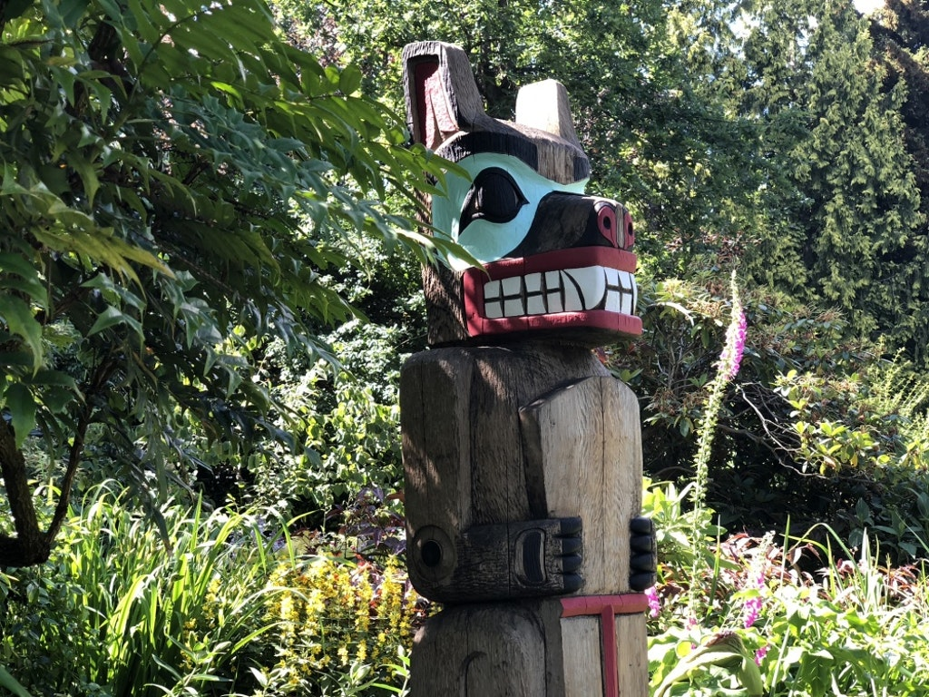 Community Restores the Totem of Dorothy Maquabeak Francis