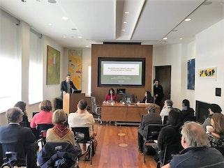 Les chercheurs, les étudiants, les travailleurs de l'immigration et les acteurs des politiques publiques ont été parmi ceux qui ont participé au séminaire.
