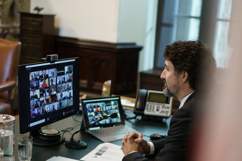 Le Premier ministre Justin Trudeau tient une réunion virtuelle avec les chefs religieux
