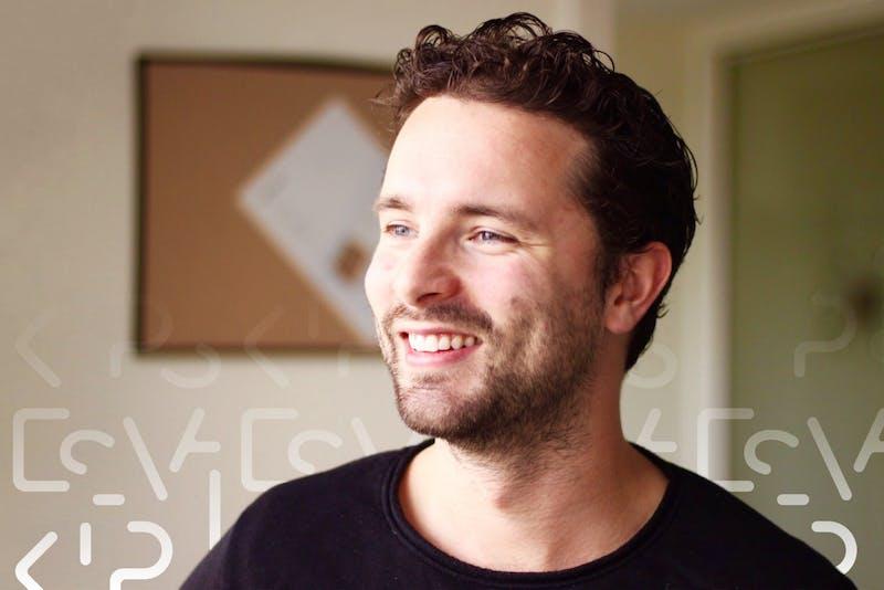 """Tim (27): """"In een week was ik €7.500 kwijt"""""""