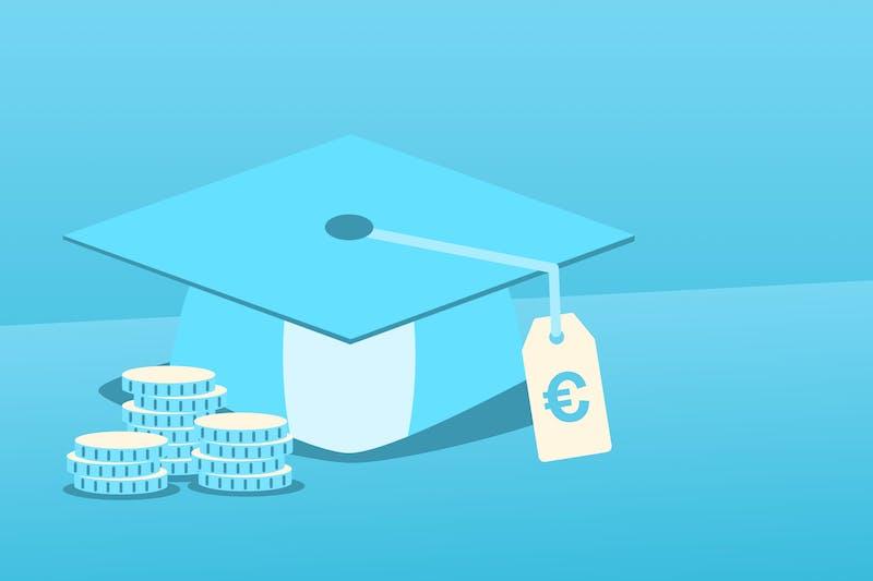 Ein Abschlusshut, der zeigt, dass man nach der Uni BAföG zurückzahlen muss