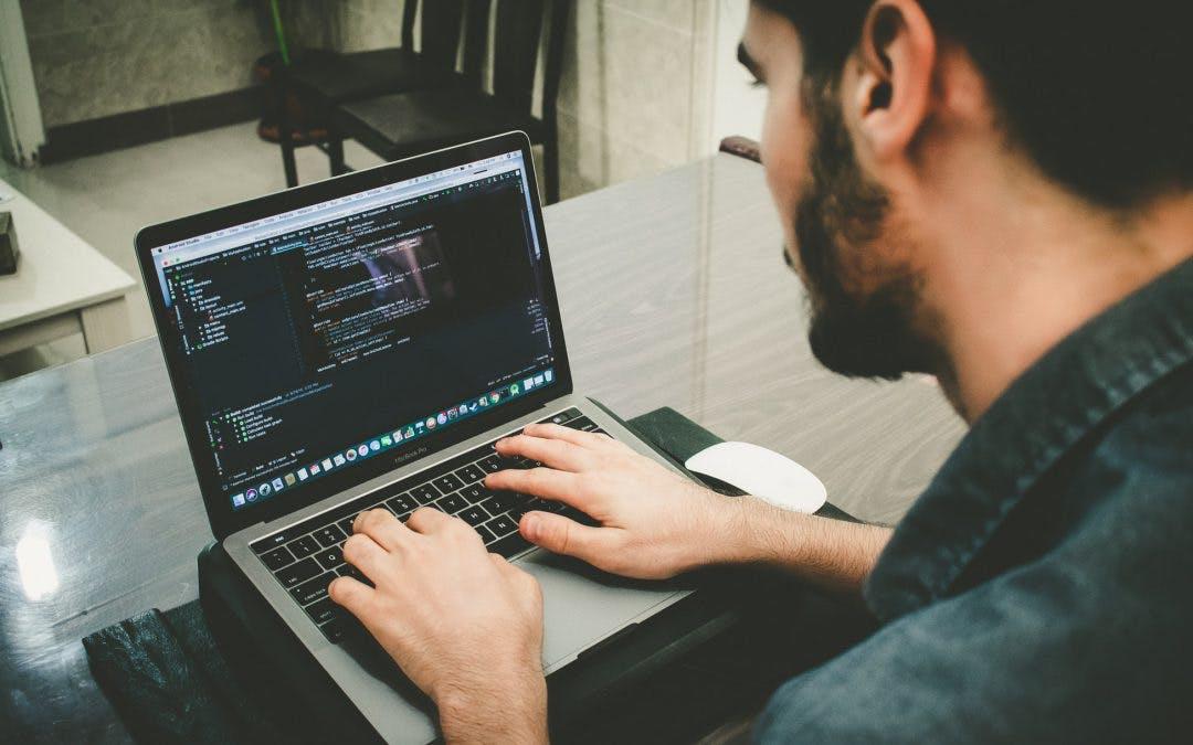 Ironhack Remote no es otro curso online cualquiera: 5 diferencias entre cursos en remoto y cursos online tradicionales
