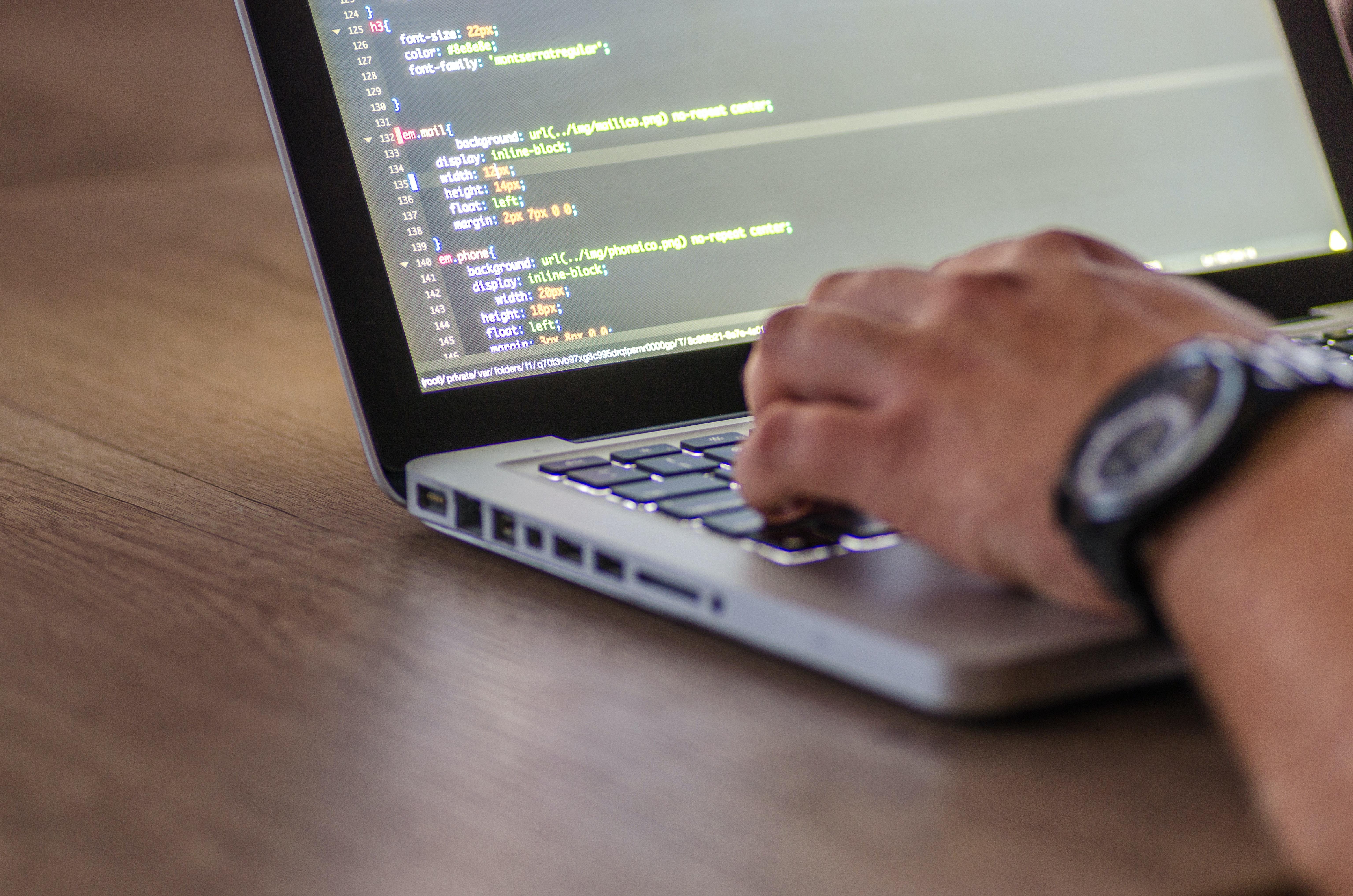 Saiba tudo o que um Web Developer pode fazer