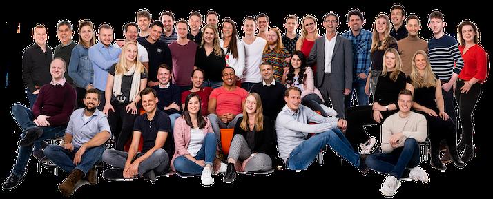 Het Booking Experts team