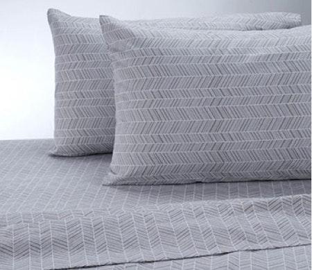 Therapedic® Chevron 100% Ring Spun Cotton Flannel Set in Grey/White
