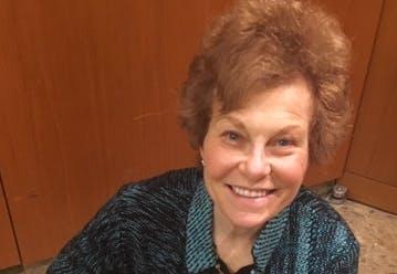 Photo of Suzanne Salomon