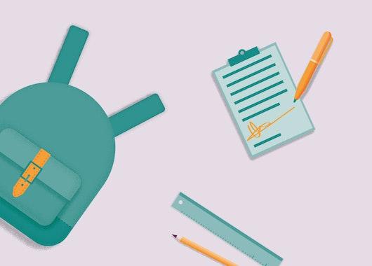 Op de afbeelding staan illustraties van een rugzak, een kladbok, een lineaal en een potlood.