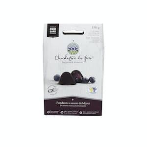 Blueberry flavor fondants