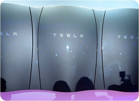 3 tesla powerwall batteries joined together