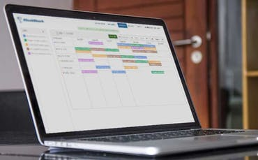 Easy Employee Scheduling With Healthcare Time Tracking App