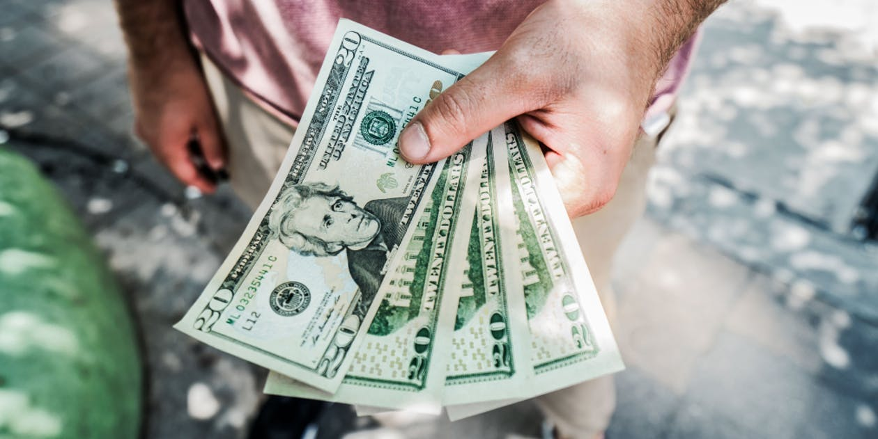 Can a Client Ask a Contractor to Give Money Back?