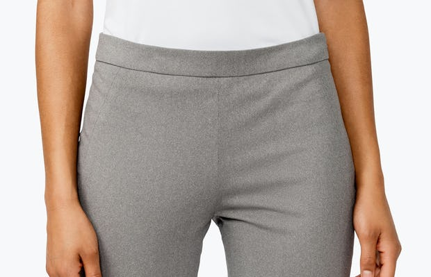 Women's Grey Heather Kinetic Skinny Pants on Model Facing Forward in Close-Up of Waistband